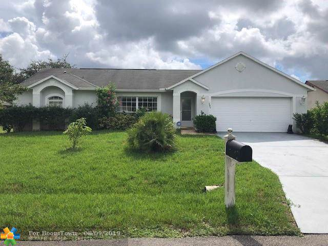1649 Harrod Ave Nw, Palm Bay, FL 32907 (MLS #F10189056) :: Boca Lake Realty