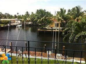 331 E Mcnab Rd #218, Pompano Beach, FL 33060 (MLS #F10189129) :: Berkshire Hathaway HomeServices EWM Realty