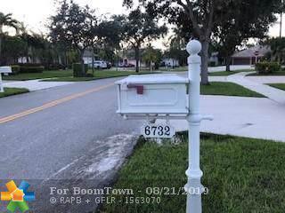 6732 Mariposa Cir, Fort Lauderdale, FL 33331 (MLS #F10190632) :: Laurie Finkelstein Reader Team