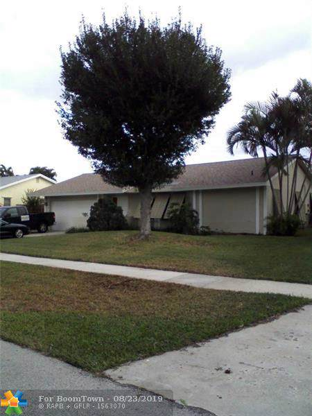 1472 SW 28th Ter, Deerfield Beach, FL 33442 (MLS #F10191042) :: Castelli Real Estate Services