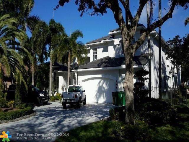 10281 N Lake Vista Cir, Davie, FL 33328 (MLS #F10191199) :: United Realty Group