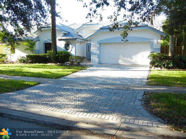 10460 NW 18th Mnr, Plantation, FL 33322 (MLS #F10193441) :: RICK BANNON, P.A. with RE/MAX CONSULTANTS REALTY I