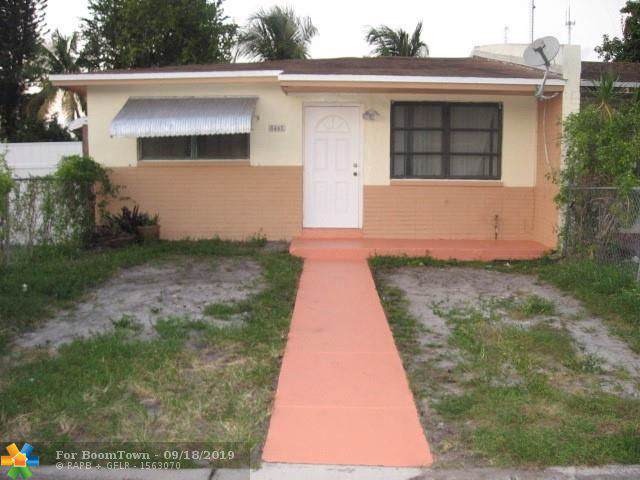 5461 SW 38th Ct, West Park, FL 33023 (#F10194162) :: Real Estate Authority