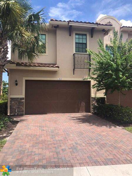 132 SW 127th Ter #132, Plantation, FL 33325 (MLS #F10196900) :: RICK BANNON, P.A. with RE/MAX CONSULTANTS REALTY I