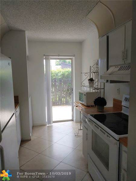 3201 NW 4th Ter #54, Pompano Beach, FL 33064 (MLS #F10197418) :: RICK BANNON, P.A. with RE/MAX CONSULTANTS REALTY I