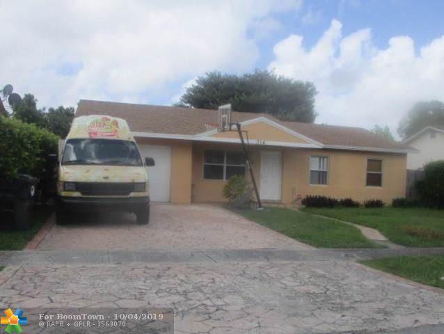 314 SW 78th Ter, North Lauderdale, FL 33068 (MLS #F10197721) :: Laurie Finkelstein Reader Team