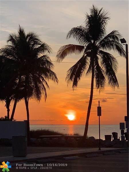 3318 NE 16th Pl, Fort Lauderdale, FL 33305 (MLS #F10199214) :: ONE Sotheby's International Realty