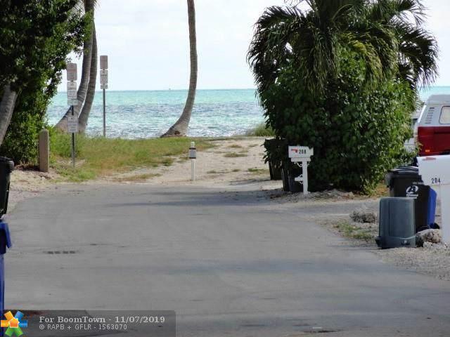 205 Dogwood Ln, Other City - Keys/Islands/Caribbean, FL 33036 (#F10202647) :: Weichert, Realtors® - True Quality Service