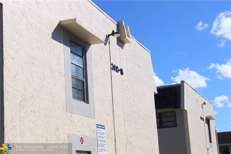 2410 52nd Ave - Photo 1