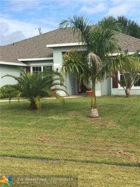 121 SW Ridgecrest Drive, Port Saint Lucie, FL 34953 (MLS #F10204979) :: The Paiz Group