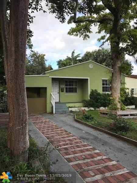 2427 Fillmore St, Hollywood, FL 33020 (MLS #F10205793) :: Castelli Real Estate Services