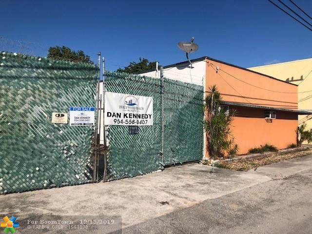 2219 Hayes, Hollywood, FL 33020 (MLS #F10207630) :: RICK BANNON, P.A. with RE/MAX CONSULTANTS REALTY I