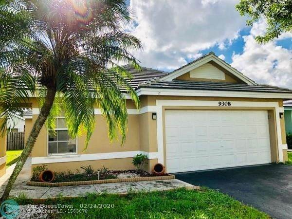 9308 Arborwood Cir, Davie, FL 33328 (#F10208090) :: Real Estate Authority