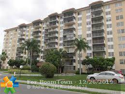 4160 Inverrary Dr #310, Lauderhill, FL 33319 (MLS #F10208731) :: The O'Flaherty Team
