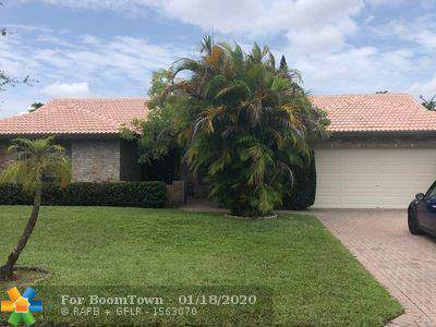 388 NW 107th Ter, Coral Springs, FL 33071 (MLS #F10209673) :: Laurie Finkelstein Reader Team