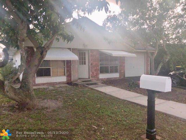 4840 SW 25th Ave, Fort Lauderdale, FL 33312 (MLS #F10210247) :: Berkshire Hathaway HomeServices EWM Realty