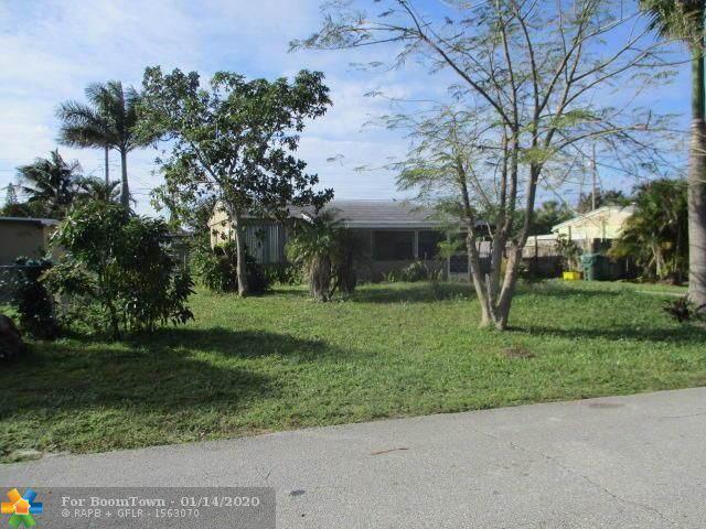 3225 Ocean Pkwy, Boynton Beach, FL 33435 (MLS #F10211549) :: Green Realty Properties