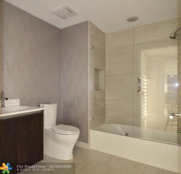 1180 N Federal Hwy #1103, Fort Lauderdale, FL 33304 (MLS #F10211730) :: Berkshire Hathaway HomeServices EWM Realty