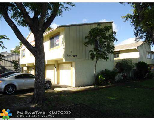 2207 NW 56th Ave 4-E, Lauderhill, FL 33313 (MLS #F10211852) :: Best Florida Houses of RE/MAX