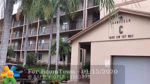 1600 SW 127th Way C202, Pembroke Pines, FL 33027 (MLS #F10211854) :: Green Realty Properties