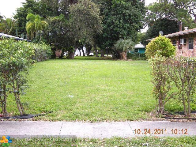 410 NE 34 St, Oakland Park, FL 33334 (MLS #F10211954) :: Castelli Real Estate Services