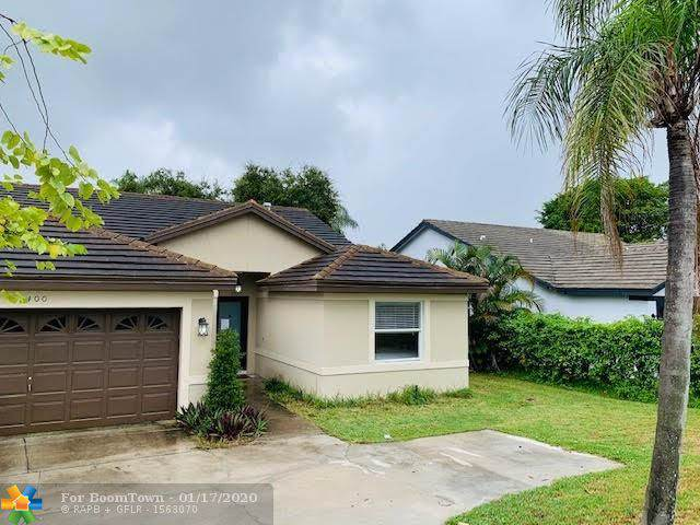 1400 SW 18th St, Boca Raton, FL 33486 (MLS #F10212226) :: The Howland Group