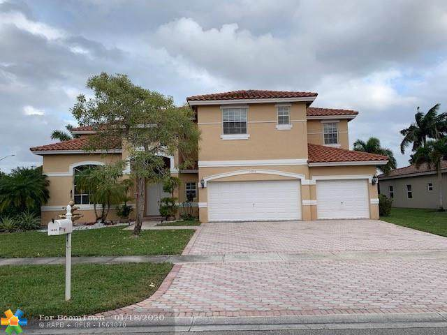 1495 NW 164th Ter, Pembroke Pines, FL 33028 (MLS #F10212249) :: RICK BANNON, P.A. with RE/MAX CONSULTANTS REALTY I