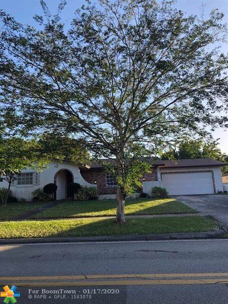 4070 Lake Dr, Coconut Creek, FL 33066 (MLS #F10212283) :: RICK BANNON, P.A. with RE/MAX CONSULTANTS REALTY I
