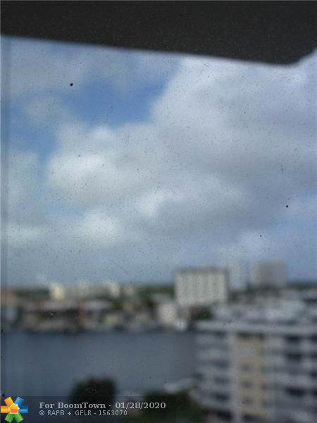 137 Golden Isles Dr #909, Hallandale, FL 33009 (#F10213997) :: Posh Properties