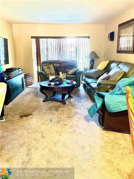 8390 Lagos De Campo Bl #107, Tamarac, FL 33321 (MLS #F10215820) :: Green Realty Properties
