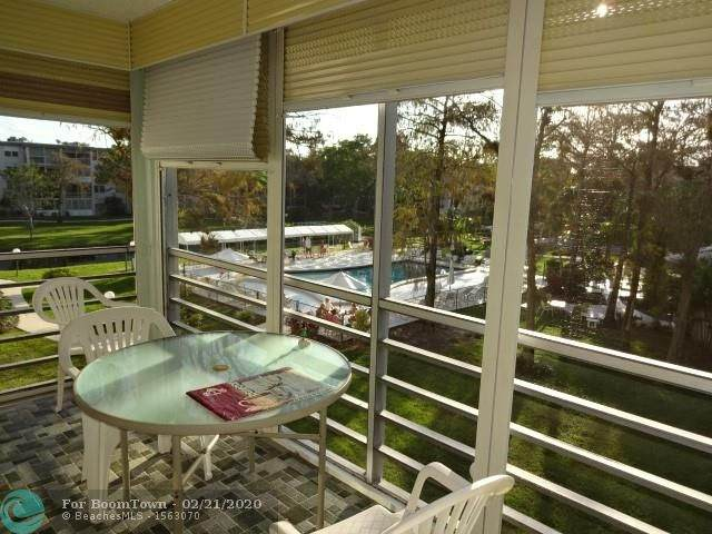 4850 NW 29th Ct #328, Lauderdale Lakes, FL 33313 (MLS #F10217394) :: Green Realty Properties