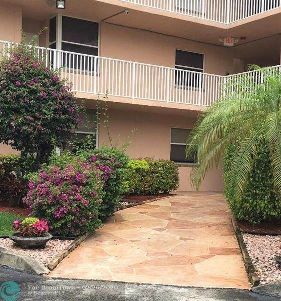 10369 NW 24th Pl #305, Sunrise, FL 33322 (MLS #F10218815) :: United Realty Group