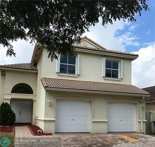 23934 SW 107th Pl, Homestead, FL 33032 (MLS #F10219094) :: THE BANNON GROUP at RE/MAX CONSULTANTS REALTY I