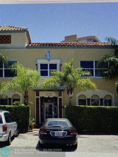 4215 Sheridan Ave #2, Miami Beach, FL 33140 (MLS #F10220637) :: Castelli Real Estate Services