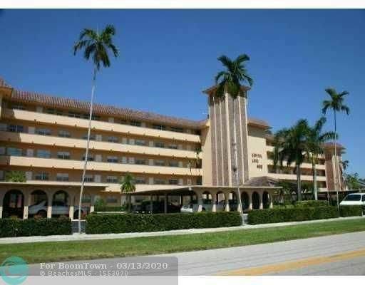4100 Crystal Lake Dr #402, Deerfield Beach, FL 33064 (MLS #F10221505) :: The O'Flaherty Team