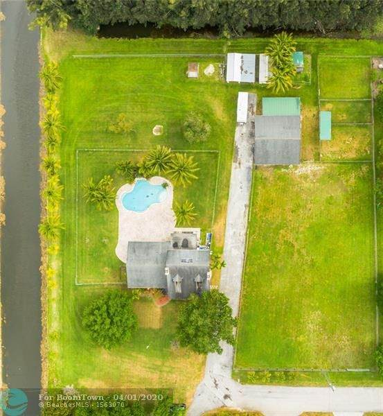 17200 SW 65th Ct, Southwest Ranches, FL 33331 (MLS #F10222552) :: Green Realty Properties
