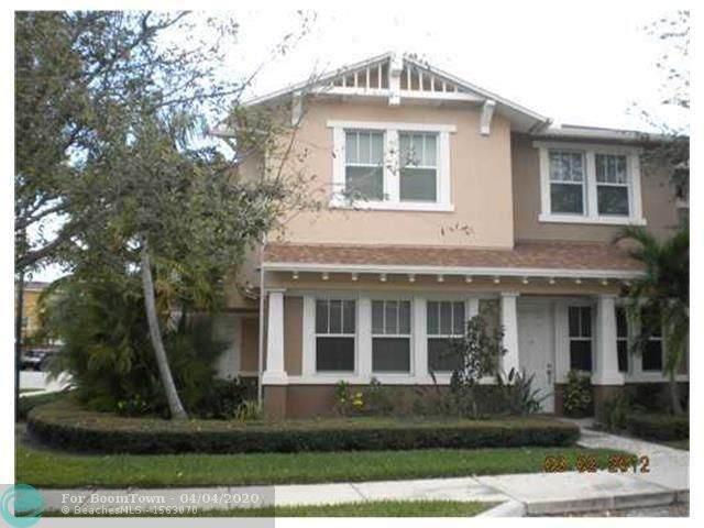 595 Corte Madera Ln #1, West Palm Beach, FL 33401 (MLS #F10224507) :: Laurie Finkelstein Reader Team