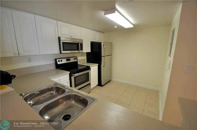 520 5th Ave - Photo 1