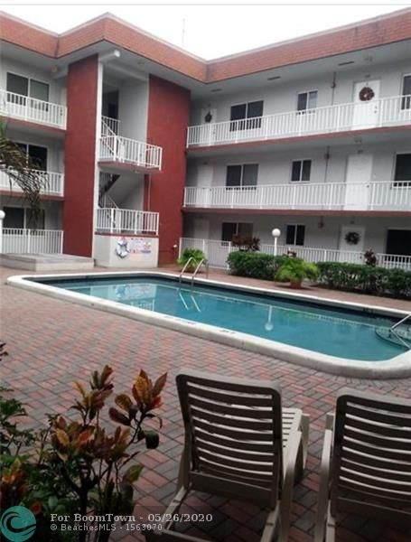7910 Taft St #301, Pembroke Pines, FL 33024 (MLS #F10231098) :: ONE Sotheby's International Realty