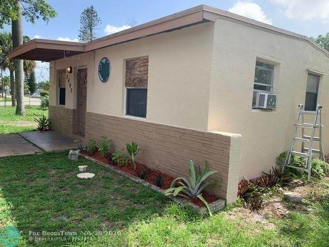 2495 NW 17th St, Fort Lauderdale, FL 33311 (MLS #F10231478) :: Castelli Real Estate Services