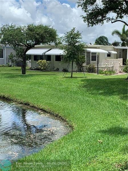 8257 E Club Rd, Boca Raton, FL 33433 (#F10232187) :: Dalton Wade