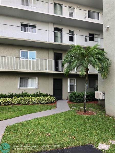 2236 N Cypress Bend Dr #106, Pompano Beach, FL 33069 (#F10232193) :: Treasure Property Group