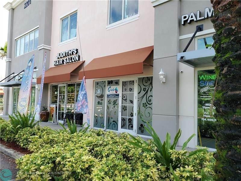 2201 Palm Ave - Photo 1