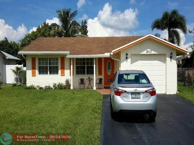 8117 NW 92nd Ter, Tamarac, FL 33321 (MLS #F10234423) :: Castelli Real Estate Services