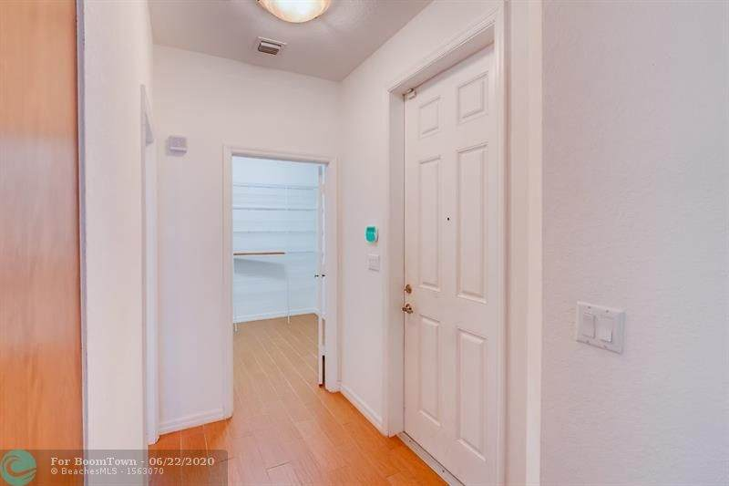 4764 Station Square - Photo 1
