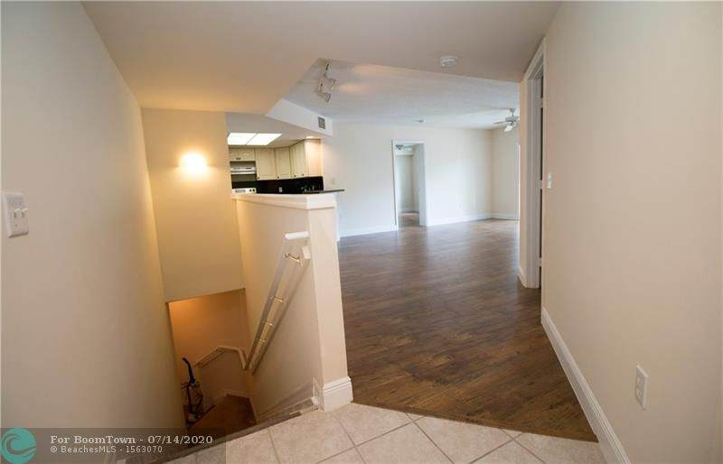2119 10th Ave - Photo 1