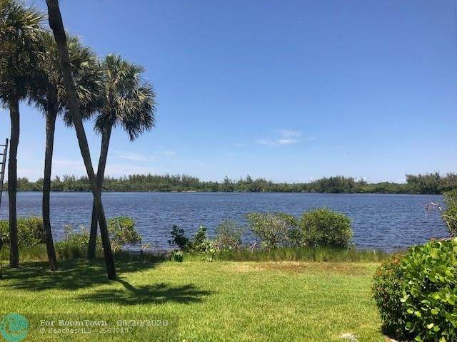 6141 SE Landing Way #4, Stuart, FL 34997 (MLS #F10235092) :: Miami Villa Group