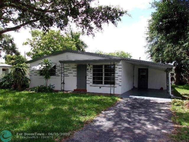 5820 N Farragut Dr, Hollywood, FL 33021 (MLS #F10235864) :: Green Realty Properties