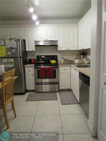 721 N Pine Island Rd #408, Plantation, FL 33324 (MLS #F10236784) :: Patty Accorto Team
