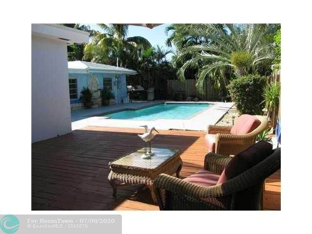 241 Oceanic Ave, Lauderdale By The Sea, FL 33308 (MLS #F10237884) :: Green Realty Properties